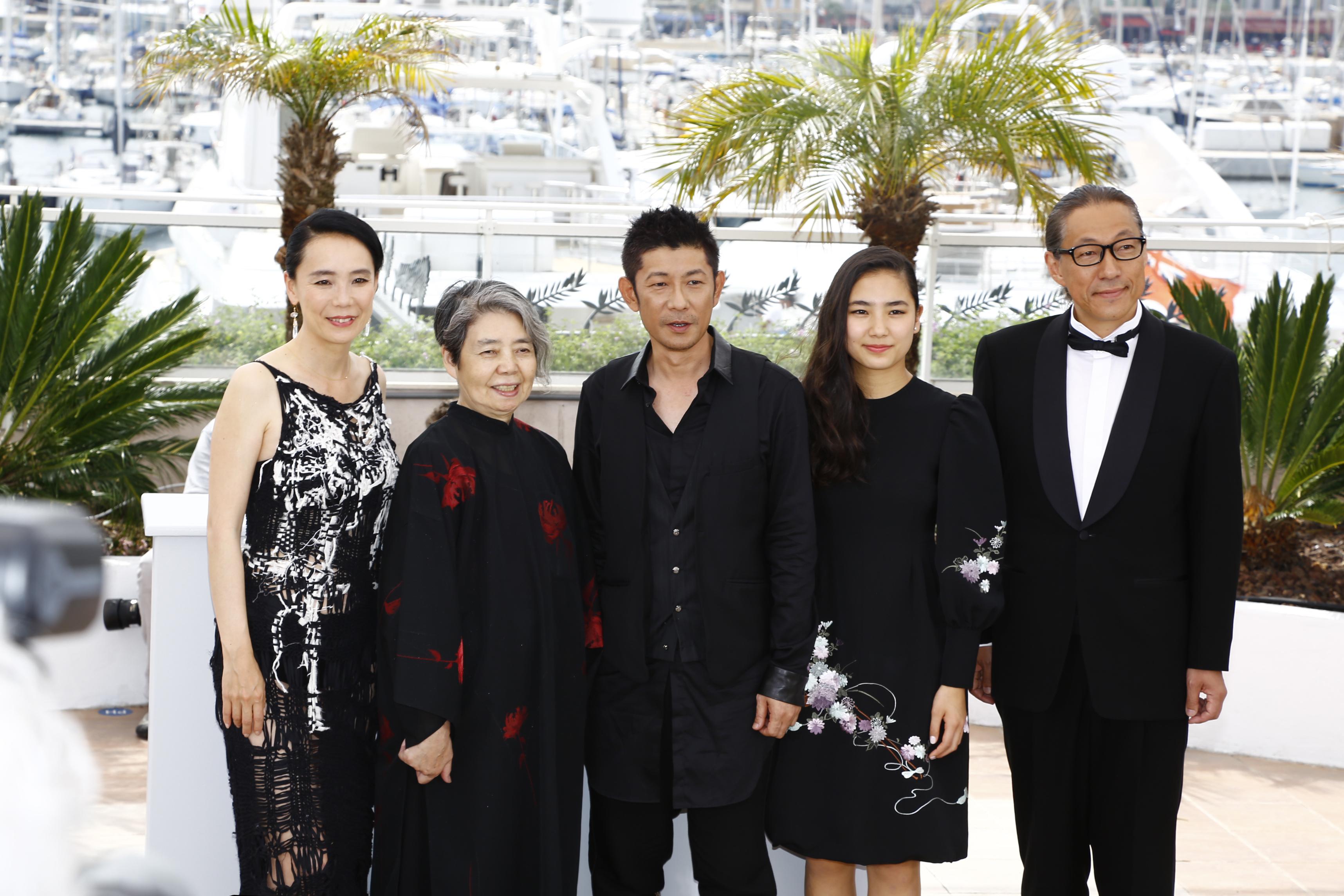 http://www.kawasenaomi.com/kumie/news/Cannes_R4A5633.jpg